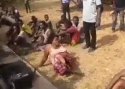 Video: Mum whose two sons are currently in Ekiti prison for robbery and kidnapping, arrested for aiding her 3rd son who is also a robber.