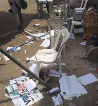 #NigeriaDecides: Thugs take over polling booth in Okota-Lagos to burn votes and ballot boxes (Photo)
