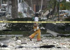 Gas explosion at a Florida shopping center injures 21 people